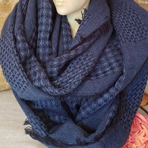 🍂Mossimo Supply Co.🍂 Infinity Scarf